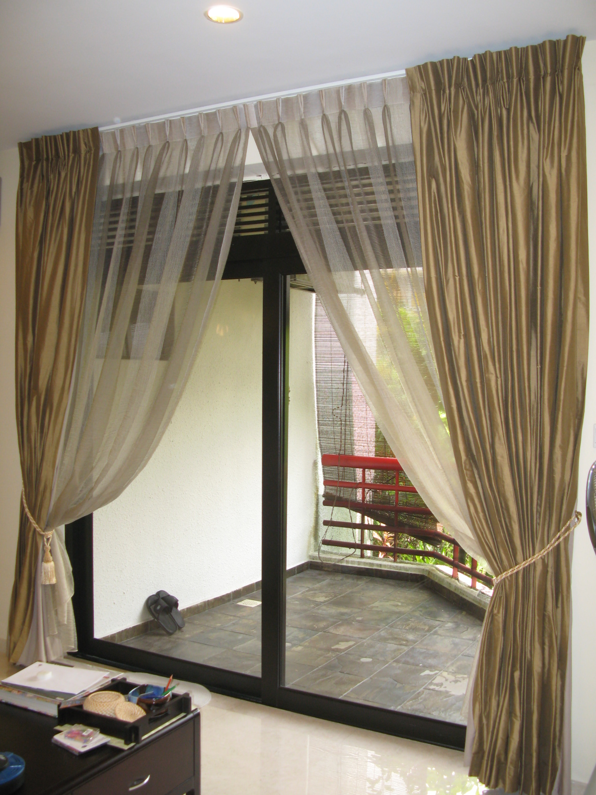 Future House Design: Stylish Interior With Window Curtain ...