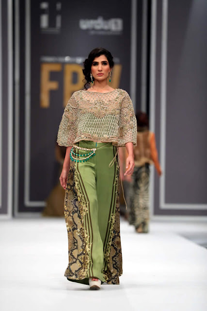 sobia-nazir-pakistani-bridal-dresses-2016-collection-at-fpw-2016-15