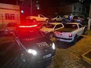 Seis presos e sete veículos apreendidos em operação da Polícia Civil
