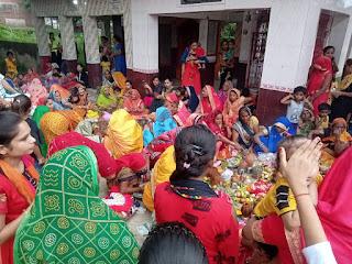 जीवित्पुत्रिका : पुत्र की दीर्घायु के लिए माताओं ने रखा निराजल व्रत | #NayaSaberaNetwork