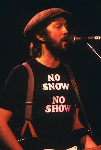 Eric Clapton 'No Snow No Show' t-shirt for cocaine lover.  PYGear.com