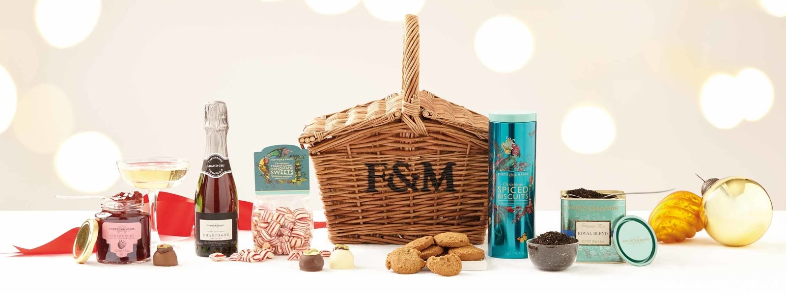 A Luxury Gift Guide and gift ideas for Couples - Fortnum and Mason Christmas hamper