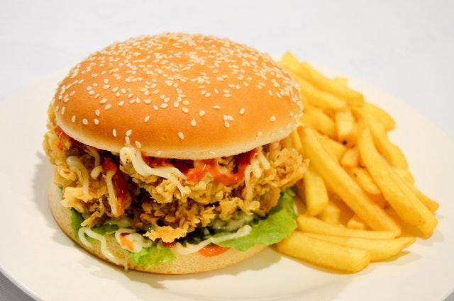 Ini Nih Resep Burger Sederhana Enak Ala Rumahan Yang Gampang Dibikin Sendiri