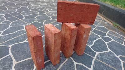 Harga batu bata merah