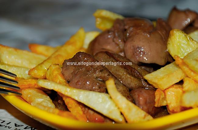 Receta de Higaditos de pollo en salsa
