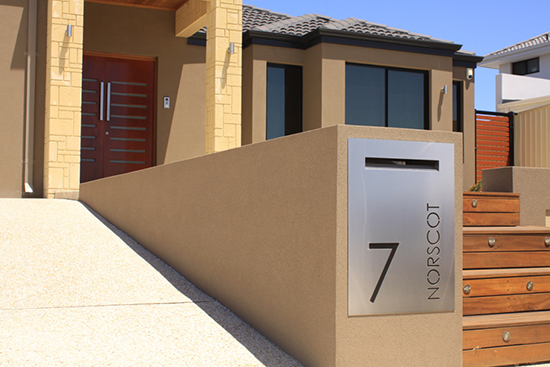 contoh Kotak surat unik minimalis pagar rumah