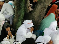 Inilah Foto-foto Mengharukan Aksi 2812 di Medan