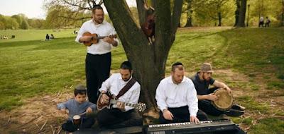 """Northern Wind"" el tema musical interpretada por The Weinreb Brothers."