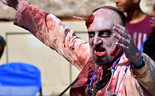 Stan the Zombie | Dragon Con Parade 2019 | Photo: Travis Swann Taylor