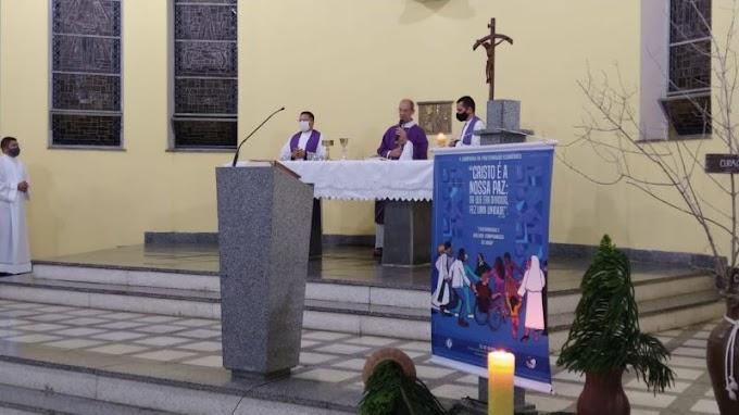 Durante reunião do clero, dom Egidio Bisol lança Campanha da Fraternidade a nível diocesano