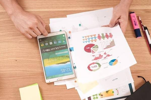 كيفيه تصميم إنفوجرافيك رائع لجذب انتباه العملاء
