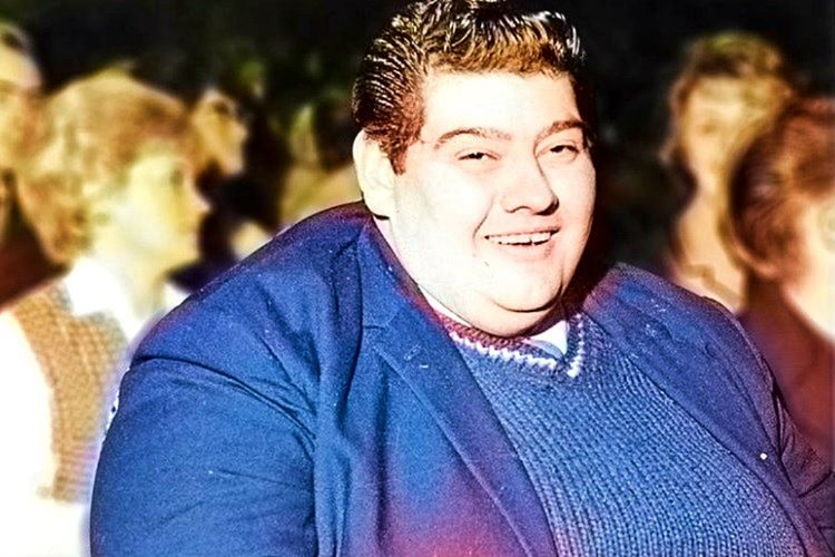Angus Barbieri hekimlerin önerdiği programa uymayarak diyete devam etmişti.
