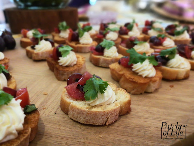 Welch's Grape Salsa with Goat Cheese Crostini