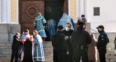 Многие церкви УПЦ МП провели службу, несмотря на карантин