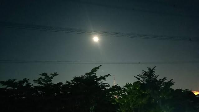 Gerhana Bulan Total (Super Blood Moon)