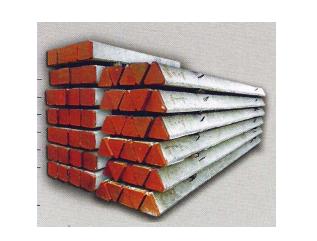 Tiang pancang beton dengan penampang segitiga dan segi empat