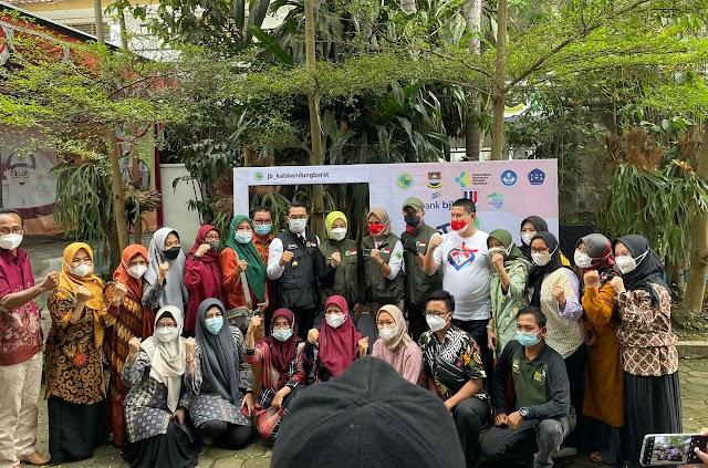 Percepat Herd Immunity, bank bjb Dukung Jabar Bergerak  Vaksinasi Pelajar di Bandung Barat