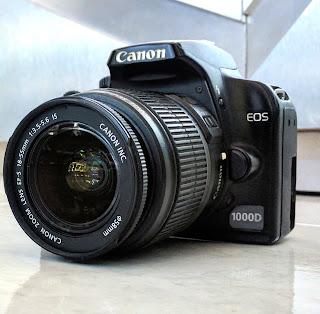 Kamera Canon Eos 1000D Fullset Bekas