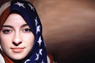 Kisah Mengagumkan Seorang Muslimah Amerika: Apakah Anda Membenci Saya?