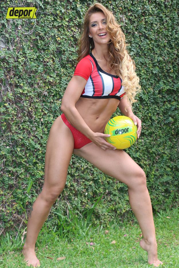 Stars Mirna Pereira Naked Gif