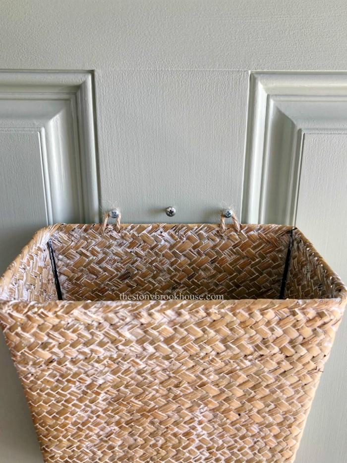 Hanging basket on door with jute loops