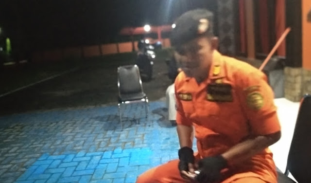 KM.Reski Perdana Rusak Kemudi, Tim SAR Malam Ini Akan Evakuasi Melalui Appatanah