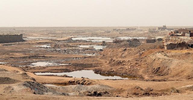 O rio Eufrates esta passando por uma crise de seca a anos