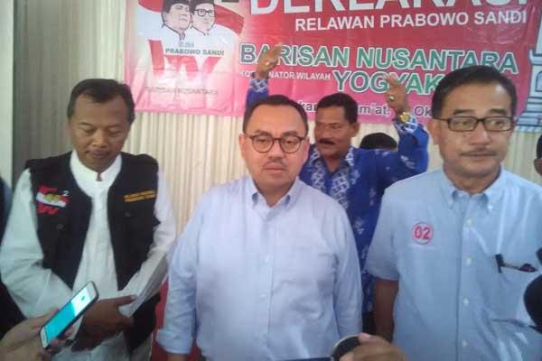 Seminar di UGM Dibatalkan karena Pembicaranya dari Kubu Prabowo?