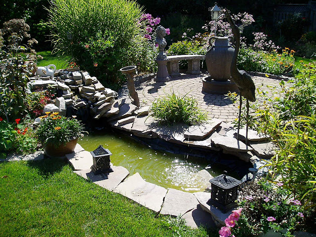 small backyard landscaping ideas with fish ponds