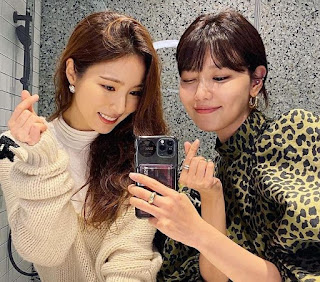 SNSD Sooyoung with Shin Se Kyung