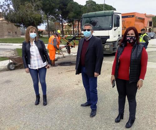 Δήμος Πηνειού: Αποκατάσταση οδοστρώματος στη Γαστούνη με τη μέθοδο της εκτοξευόμενης ασφάλτου