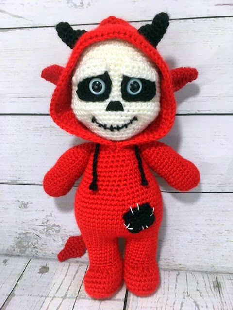 Day Of The Dead Sugar Skull Free Amigurumi Pattern (mit Bildern ... | 640x480