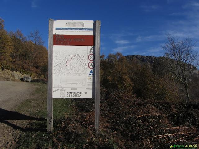 Collado Llomena, cartel ruta al Pierzu