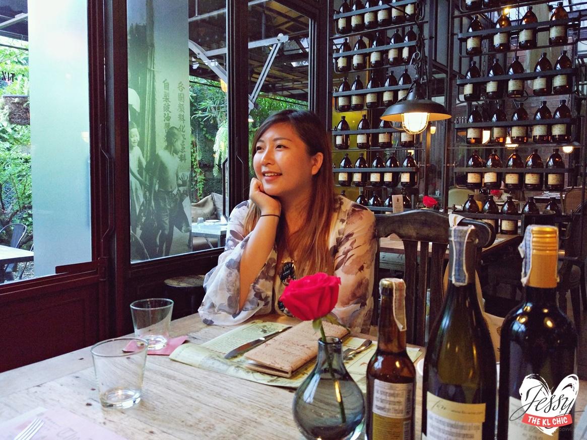 Karmakamet Diner Secret World | Must Visit Cafes In Bangkok