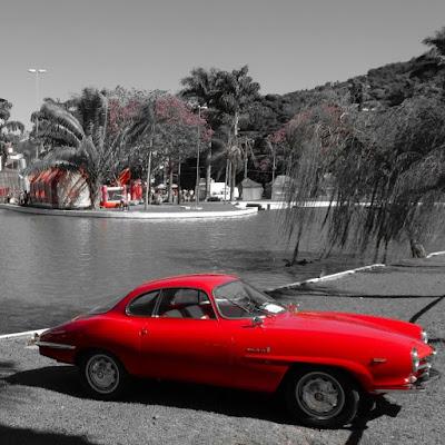 Alfa Romeo bonito é pleonasmo.