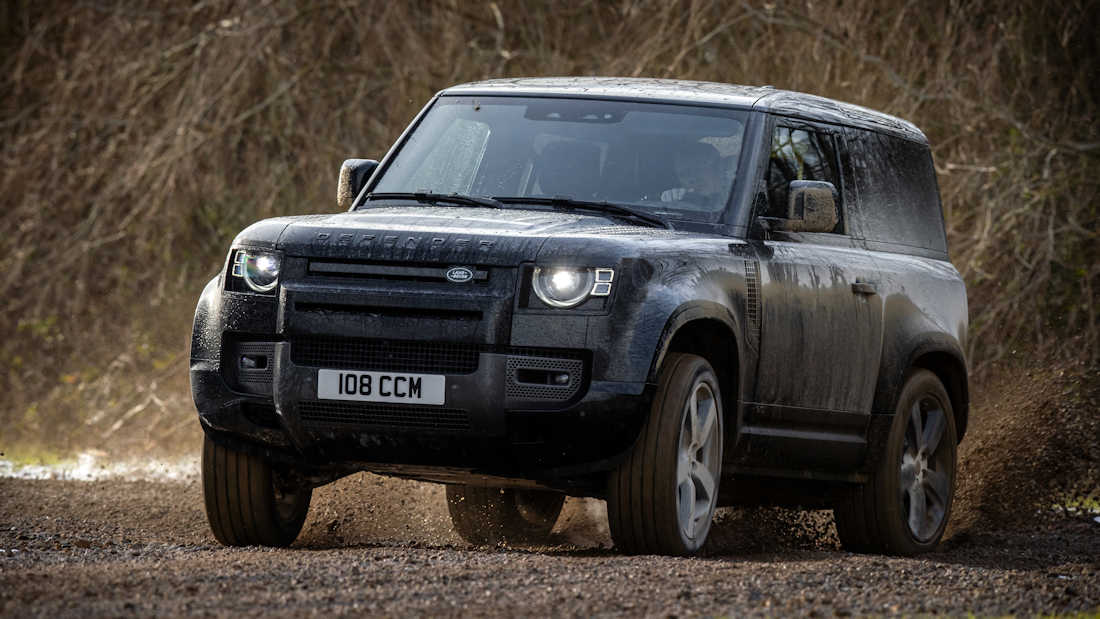 Land Rover Defender is the 2021 Women's Car of the Year ...