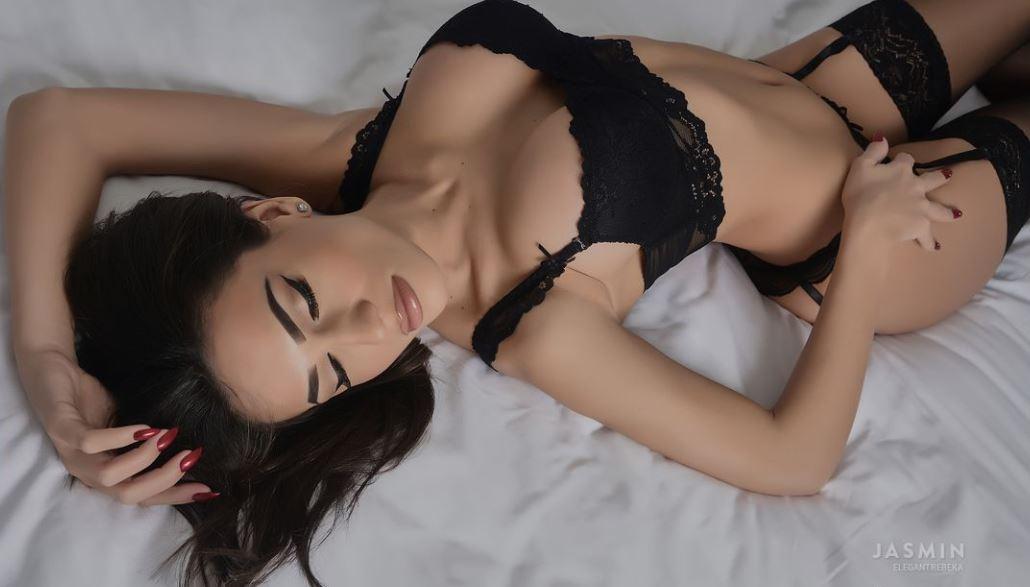 ElegantRebeka Model GlamourCams