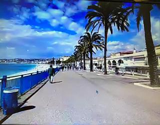 kuvakaappaus Nizzan rantabulevardilta