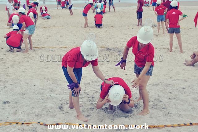 [Game] Team Building giúp chọn Người Hướng Dẫn - Nón Chuyền Nước