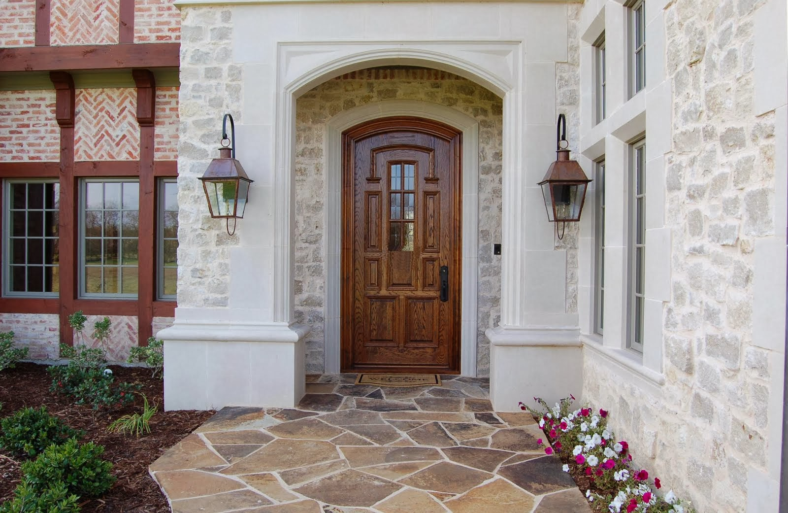 How to Choose the Best Wood Doors