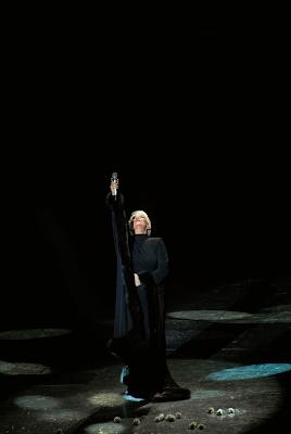 Η Μαρινέλλα στο νυχτερινό κέντρο «Αθηνών Αρένα», τον Νοέμβριο του 2007.