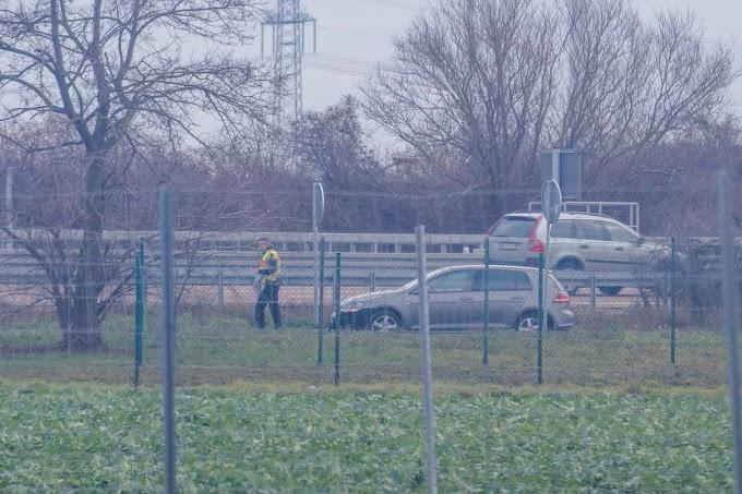 VW verunfallt an der Einfahrt zum Rastplatz Mosigkauer-Heide