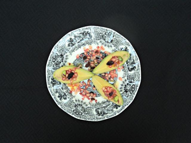 ensalada-aguacate-jamon-plato