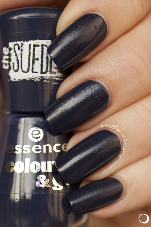 Essence Colour&Go 196 I ♥ my blue jeans