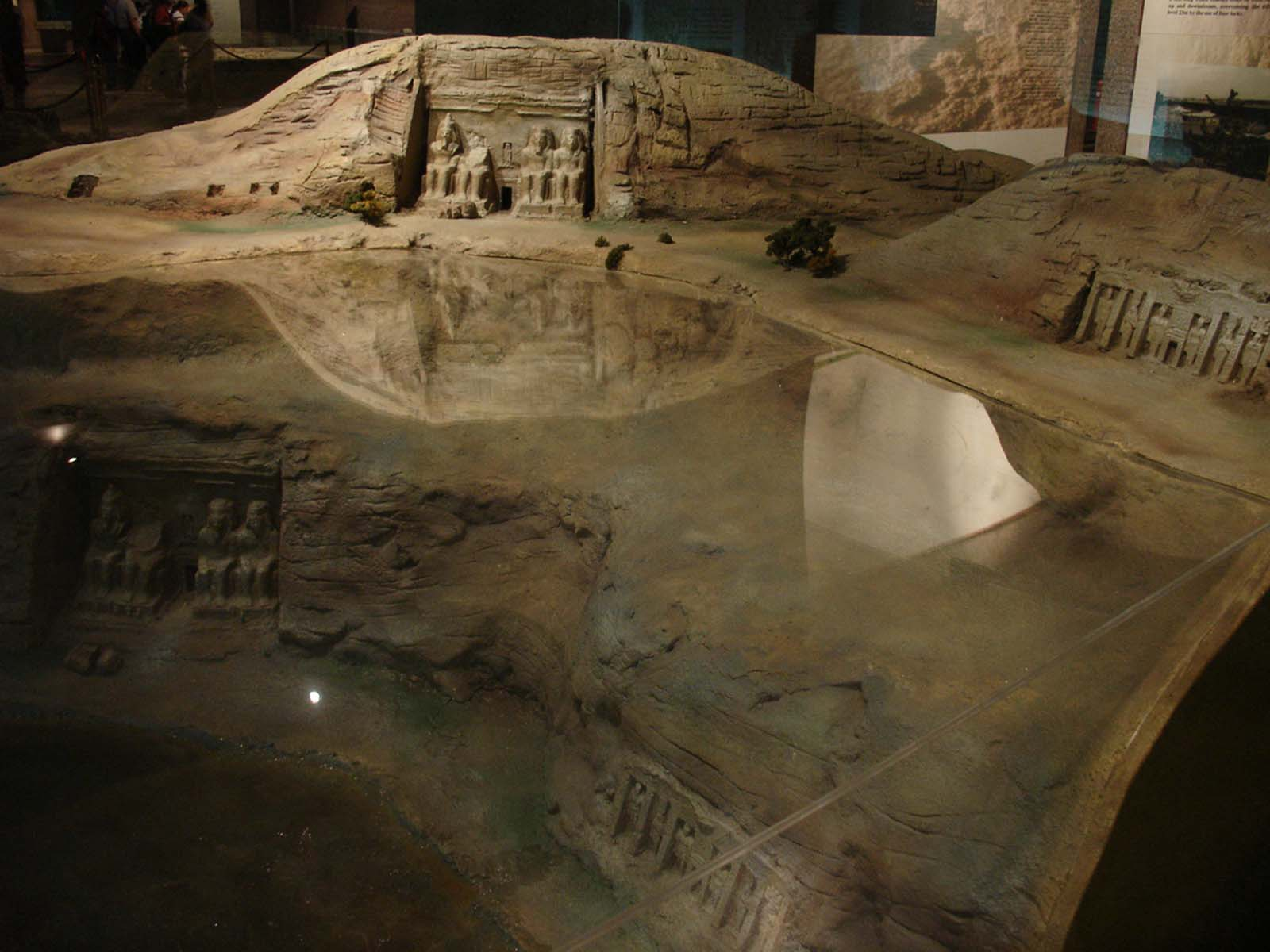 A scale model showing the original and current location of the temple (with respect to the water level) at the Nubian Museum, in Aswan.