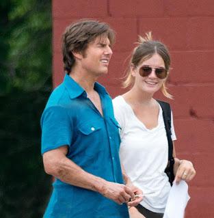 Tom Cruise Status in English 2022