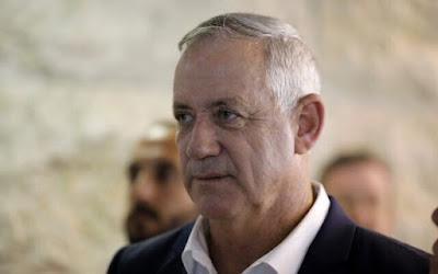 Gantz, encarregado de formar coalizão, convida o Likud para negociações de unidade