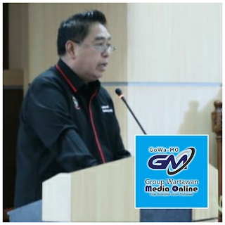 MAKASSAR - Sekprov Baca Jawaban Gubernur di DPRD