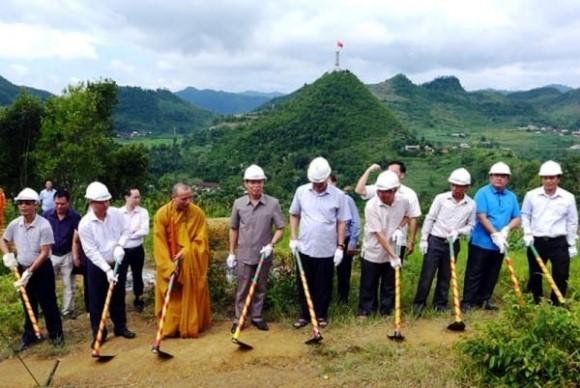 Phá núi, xây khu du lịch tâm linh gần 900 tỷ đồng