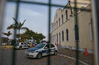 Guardas Municipais se recusam a trabalhar sem armas e prefeitura de Florianópolis (SC) anuncia que vai descontar dias parados